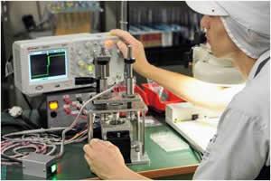 青森工場生産業務の様子
