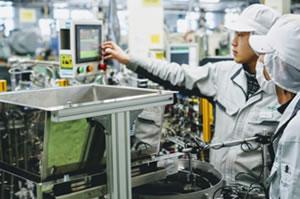 青森工場生産技術スタッフ