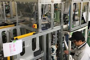 生産装置設計開発業務の様子